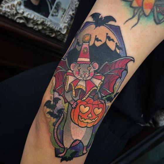 Capture d'écran 2018-09-30 à 09h04 [19659020] Si vous souhaitez que votre tatouage d'Halloween soit présenté dans un prochain message, envoyez-le à hello@thingsandink.com </strong></p> <p><script async defer src=