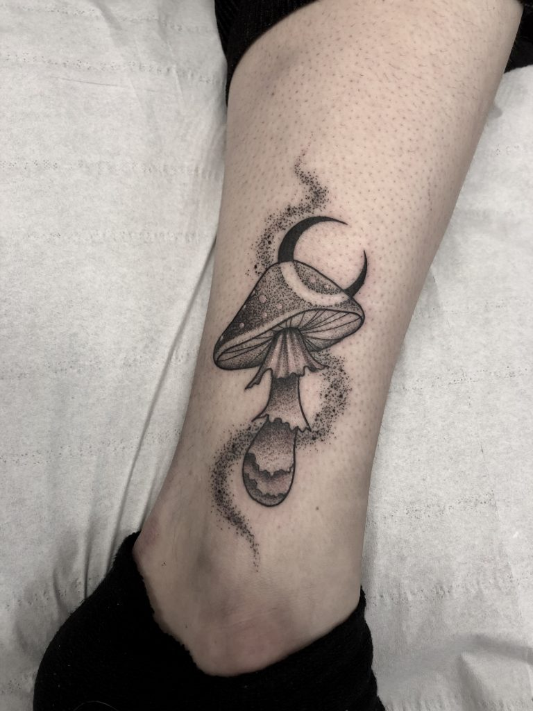 mushroom_tattoo